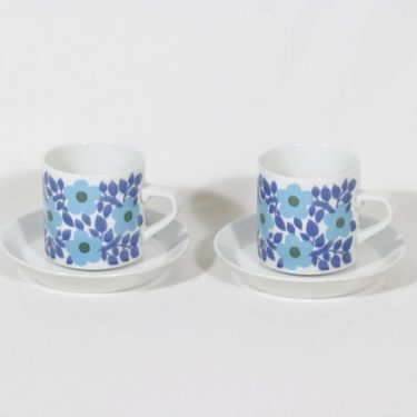 Arabia Ahmet kahvikupit, sininen, 2 kpl, suunnittelija Raija Uosikkinen, serikuva, retro
