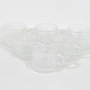 Nuutajärvi Kastehelmi kahvikupit ja lautaset, kirkas, 6 kpl, suunnittelija Oiva Toikka, pieni