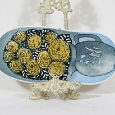 Arabia koristelaatta, Muistojen kukat, suunnittelija Heljä Liukko-Sundström, Muistojen kukat, suuri, serikuva, signeerattu