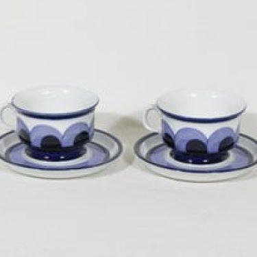 Arabia Paju teekupit, 22.5 cl, 2 kpl, suunnittelija Anja Jaatinen-Winquist, 22.5 cl, käsinmaalattu, signeerattu