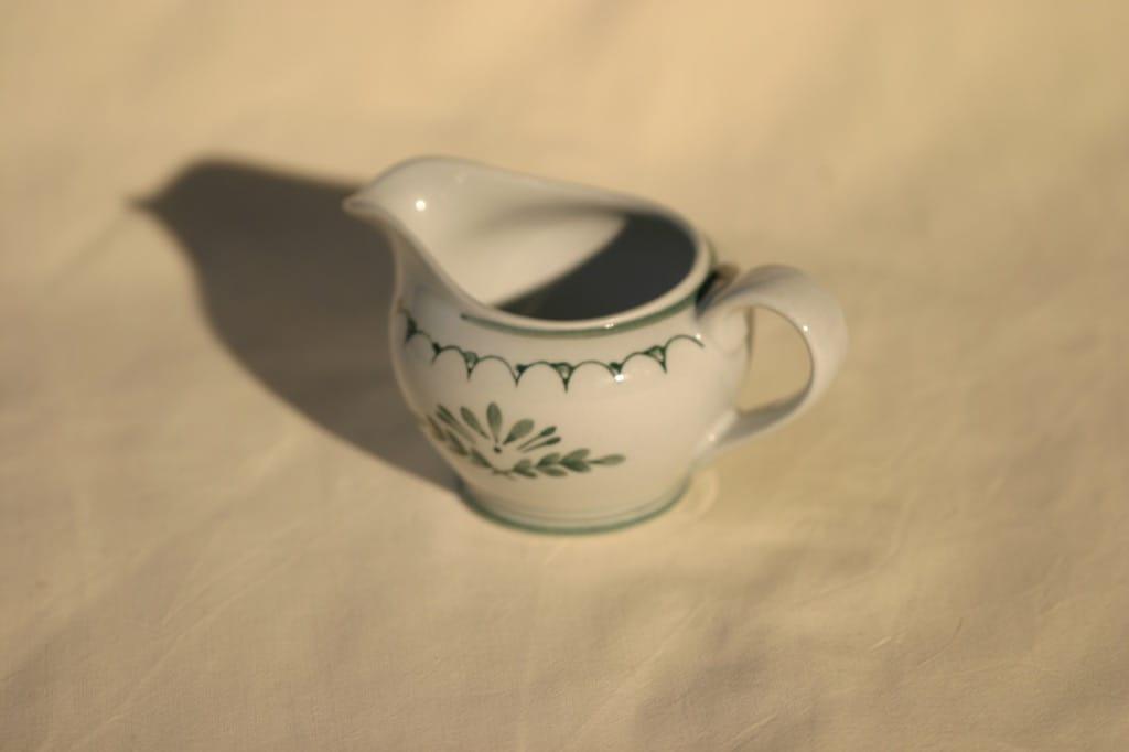 Arabia Green Thistle kermakko, käsinmaalattu, suunnittelija , käsinmaalattu