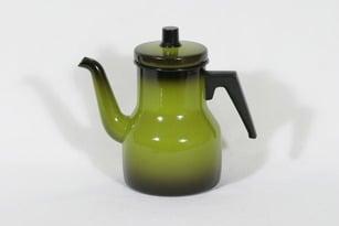 Finel kahvipannu, vihreä, suunnittelija , emali