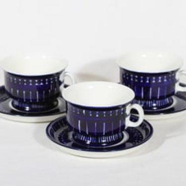 Arabia Valencia teekupit, 22.5 cl, 3 kpl, suunnittelija Ulla Procope, 22.5 cl, käsinmaalattu, signeerattu