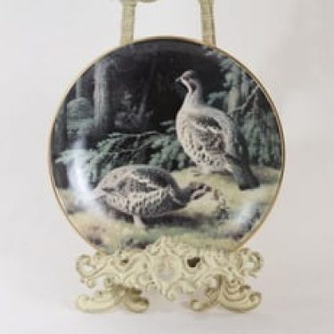 Arabia koristelautanen, Pyypari metsässä, suunnittelija Ferdinand von Wright, Pyypari metsässä, lintuaihe, serikuva