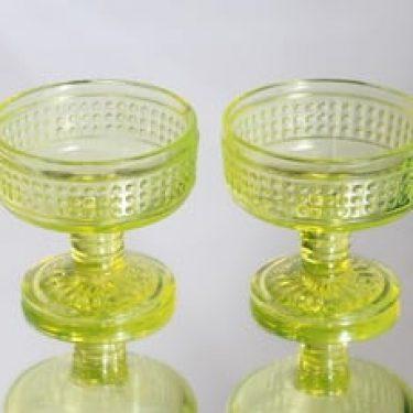 Riihimäen lasi jälkiruokakulhot, keltainen, 2 kpl, suunnittelija Erkkitapio Siiroinen,