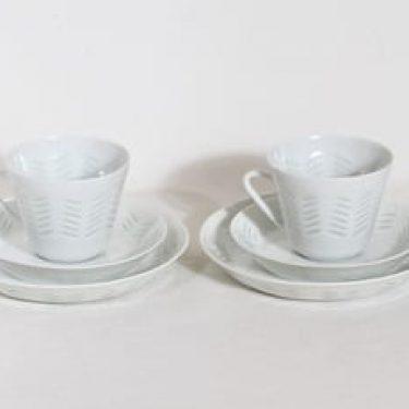 Arabia FK kahvikupit ja lautaset, 15 cl, 2 kpl, suunnittelija Friedl Holzer-Kjellberg, 15 cl, riisiposliini, massasigneerattu