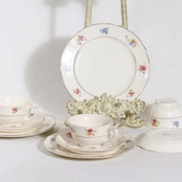 Arabia Sirkka kahvikupit ja lautaset, 3 kpl, suunnittelija Esteri Tomula, siirtokuva
