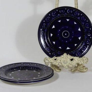 Arabia Valencia lautaset, 3 kpl, suunnittelija Ulla Procope, käsinmaalattu, pieni, signeerattu