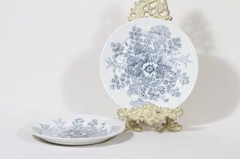Arabia Puketti lautaset, 2 kpl, suunnittelija Raija Uosikkinen, kuparipainokoriste