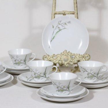 Arabia Heinä kahvikupit ja lautaset, signeerattu, 6 kpl, suunnittelija Gunvor Olin-Grönqvist, signeerattu, serikuva