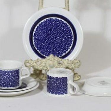 Arabia Faenza kahvikupit ja lautaset, sininen, 2 kpl, suunnittelija Inkeri Seppälä, serikuva, retro