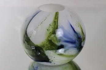 Riihimäen lasi Koralli maljakko, monivärinen, suunnittelija Tamara Aladin, pyöreä