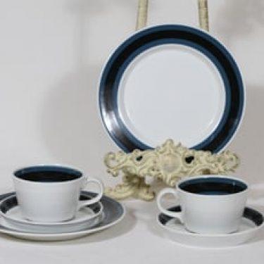 Arabia Kemi kahvikupit ja lautaset, sininen, 2 kpl, suunnittelija Olga Osol, raitakoriste