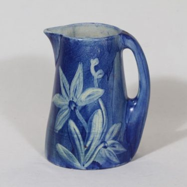 Kupittaan savi 15 jug, 1 l, hand-painted, signed