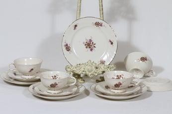 Arabia Raili kahvikupit ja lautaset, 4 kpl, suunnittelija Svea Granlund, siirtokuva