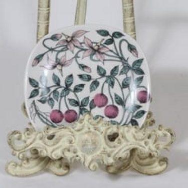 Arabia Botanica koristelautanen, Karpalo, suunnittelija Esteri Tomula, Karpalo, pieni, serikuva