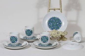 Arabia Marina kahvikupit ja lautaset, 4 kpl, suunnittelija Anja Jaatinen, serikuva, retro