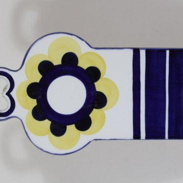 Arabia Paju talouslevy, keltainen-sininen, suunnittelija Anja Jaatinen-Winqvist, käsinmaalattu, signeerattu, retro