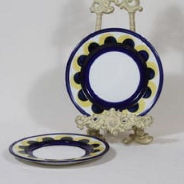 Arabia Paju lautaset, pieni, 2 kpl, suunnittelija Anja Jaatinen, pieni, käsinmaalattu, signeerattu, retro
