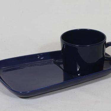 Arabia Kilta kuppi ja erikoislautanen, sininen lasite, suunnittelija Kaj Franck,