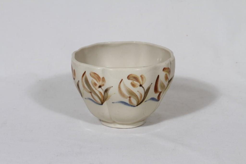 Arabia ARA bowl, hand-painted