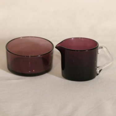 Riihimäen lasi Rosso sokerikko ja kermakko, lila, suunnittelija Nanny Still,