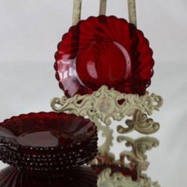 Riihimäen lasi Kierre lautaset, punainen, 6 kpl, suunnittelija , pieni, Baccara