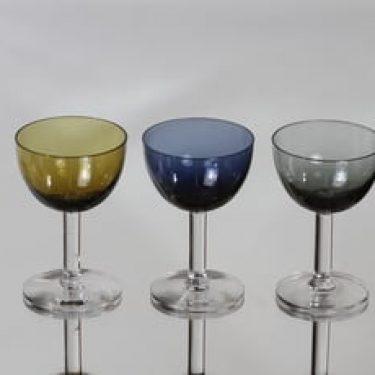 Nuutajärvi 1125 lasit, 8 cl, 3 kpl, suunnittelija Saara Hopea, 8 cl