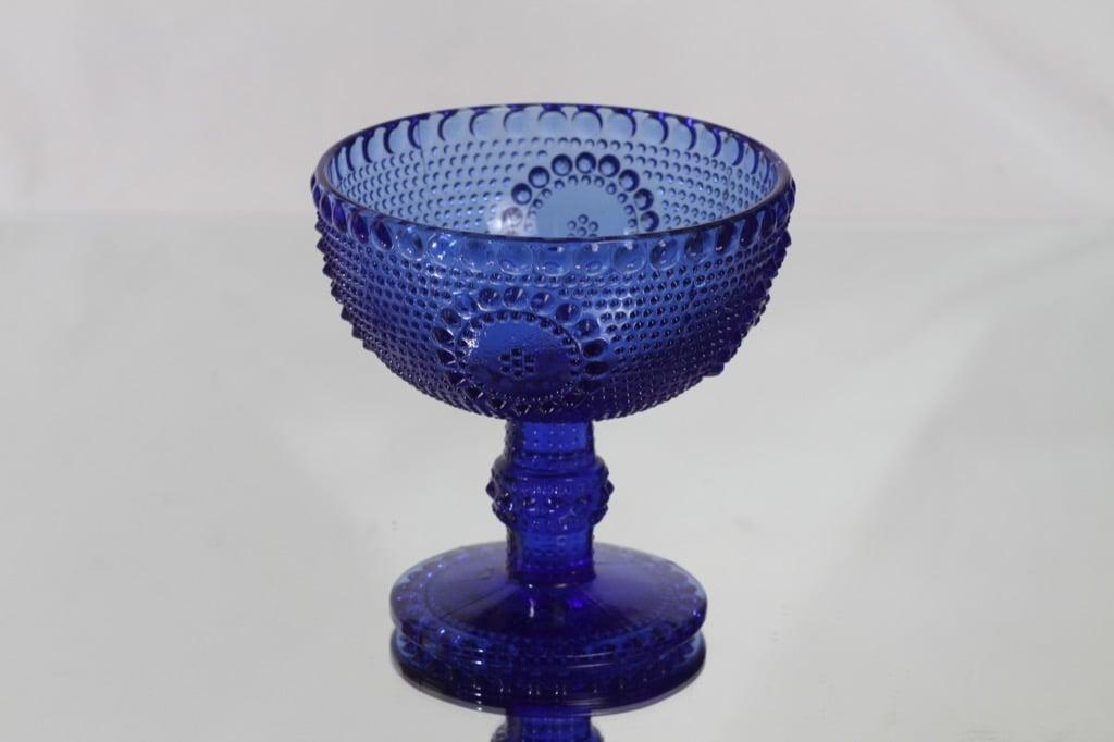 Riihimäen lasi Grapponia malja, jalallinen, suunnittelija Nanny Still, jalallinen