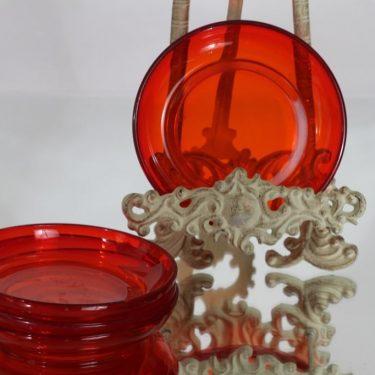 Nuutajärvi 5268 lautaset, punainen, 4 kpl, suunnittelija Kaj Franck, pieni