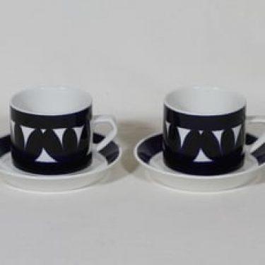 Arabia Sotka teekupit, käsinmaalattu, 2 kpl, suunnittelija Raija Uosikkinen, käsinmaalattu, retro
