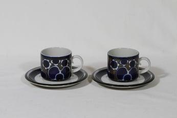Arabia Saara teekupit, 2 kpl, suunnittelija Anja Jaatinen-Winquist, erikoiskoriste, retro