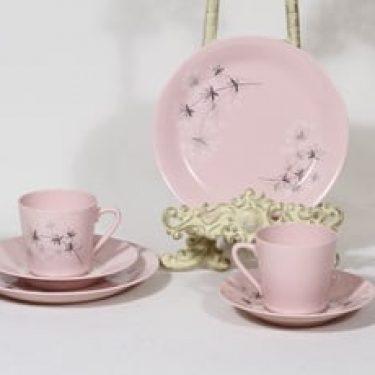 Arabia Lumikukka kahvikupit ja lautaset, rosa, 2 kpl, suunnittelija Raija Uosikkinen, serikuva