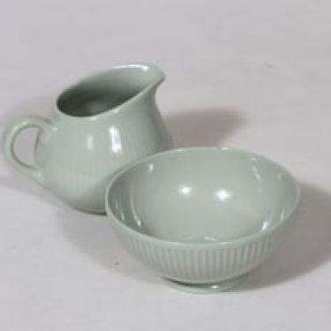 Arabia Sointu sokerikko ja kermakko, vihreä lasite, suunnittelija Kaj Franck,