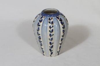 Arabia ARA maljakko, käsinmaalattu, suunnittelija Kurt Ekholm, käsinmaalattu