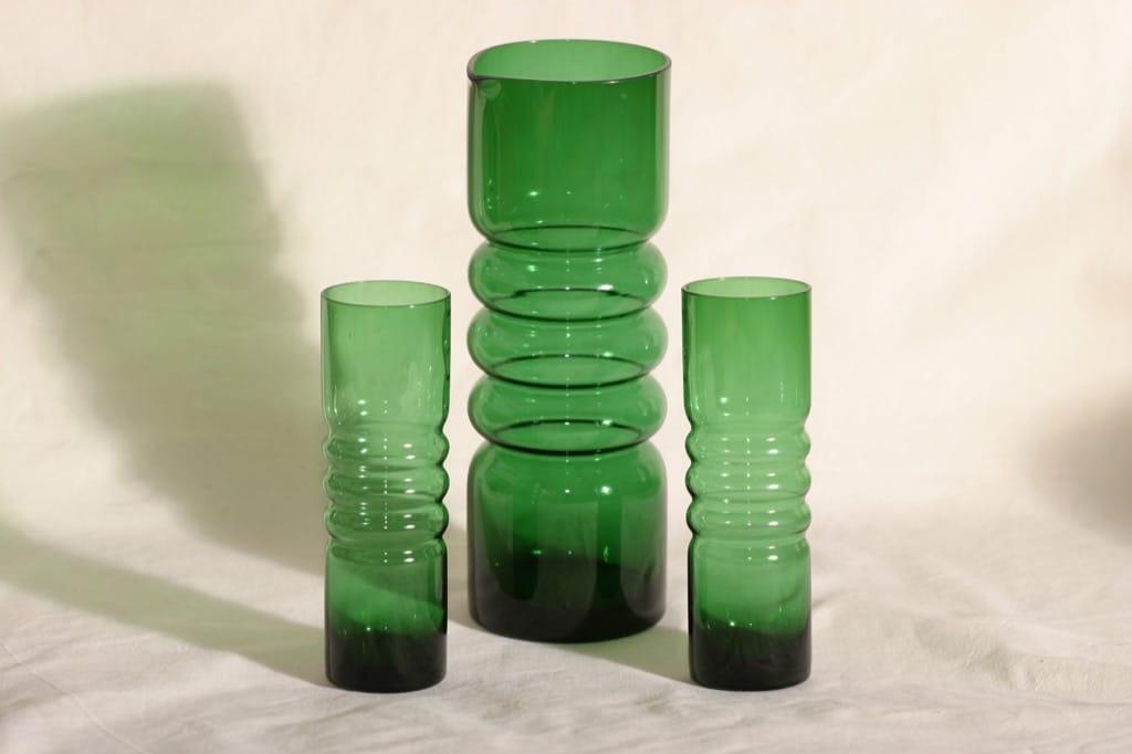 Riihimäen lasi Tzarina mehukaadin 1.5 l ja -lasit, 2 kpl, suunnittelija Nanny Still,
