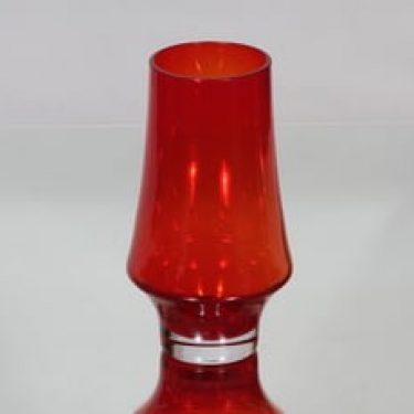 Riihimäen lasi 1374 maljakko, punainen, suunnittelija Tamara Aladin,