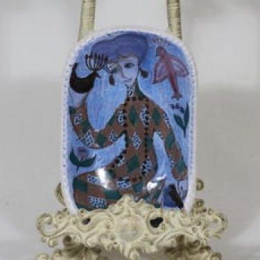 Arabia koristelautanen, käsinmaalattu, suunnittelija Hilkka-Liisa Ahola, käsinmaalattu, pieni, käsinmuotoiltu