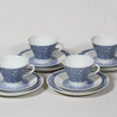 Arabia Filigran kahvikupit ja lautaset, sininen, 4 kpl, suunnittelija Raija Uosikkinen, serikuva