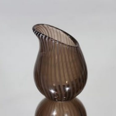 Riihimäen lasi Kieli taidelasi, signeerattu, suunnittelija Nanny Still, signeerattu, pieni, filigraani