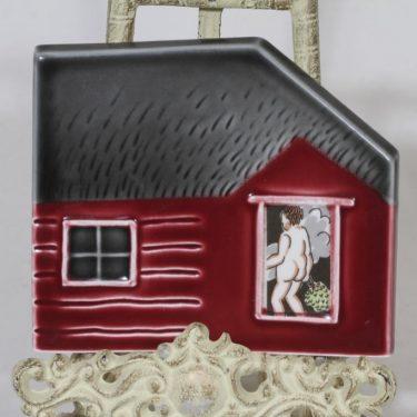 Arabia Runon mailla koristelaatta, signeerattu, suunnittelija Kerttu Nurminen, signeerattu, serikuva, sauna-aihe