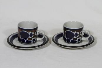 Arabia Saara kahvikupit, 2 kpl, suunnittelija Anja Jaatinen-Winquist, puhalluskoriste, retro