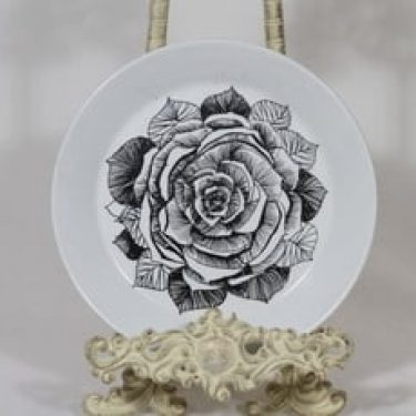 Arabia Musta ruusu lautanen, musta, suunnittelija Esteri Tomula, pieni, serikuva, kukka-aihe