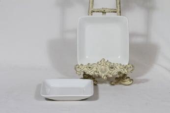 Arabia Kilta lautaset, valkoinen lasite, 2 kpl, suunnittelija Kaj Franck, pieni