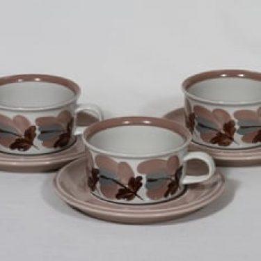 Arabia Koralli teekupit, käsinmaalattu, 3 kpl, suunnittelija Raija Uosikkinen, käsinmaalattu, kukka-aihe