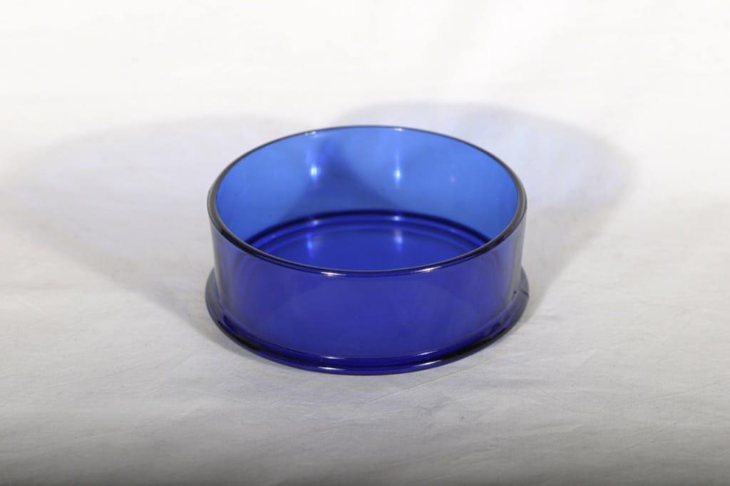 Kumela 1071=1511 pinottava malja, sininen, suunnittelija Olavi Ruottinen,