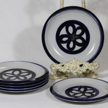 Arabia lautaset, käsinmaalattu, 6 kpl, suunnittelija Liisa Hallama, käsinmaalattu, pieni, signeerattu