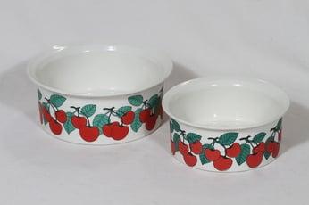 Arabia Kirsikka kulhot, punainen, 2 kpl, suunnittelija Inkeri Seppälä, serikuva