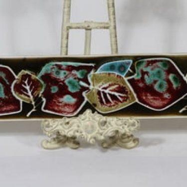 Arabia AH koristelaatta, käsinmaalattu, suunnittelija Annikki Hovisaari, käsinmaalattu, suuri, signeerattu, hedelmä- ja lehtiaihe