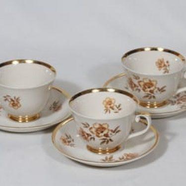 Arabia Myrna kahvikupit, 3 kpl, suunnittelija Olga Osol, serikuva, kukka-aihe